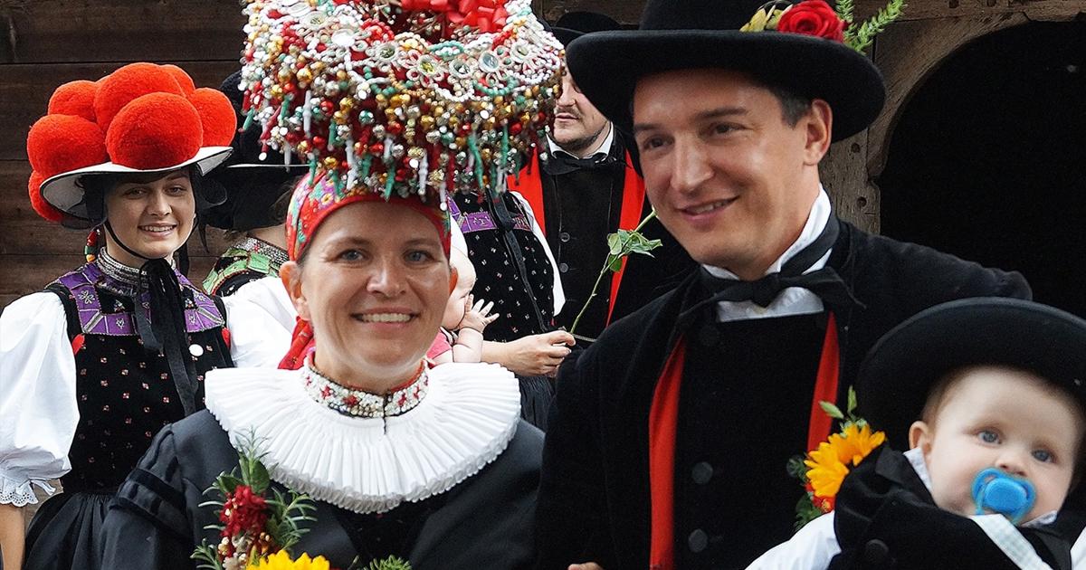 Einfach nur schön! Hochzeit in der berühmten Gutacher Tracht