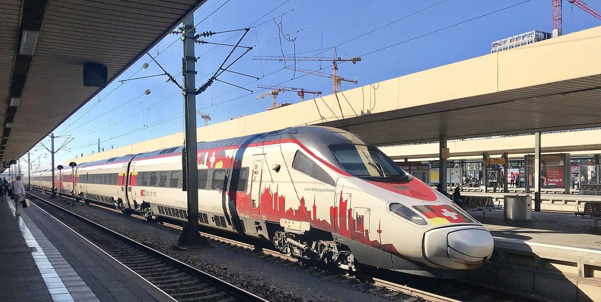 """Endlich! """"Großer Bahnhof"""" für den Europa-Park"""