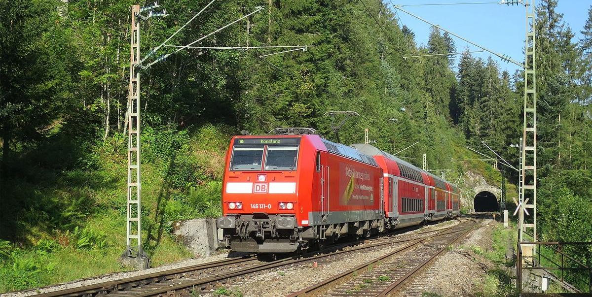 Super! Schwarzwaldbahn fährt zur Ferienzeit