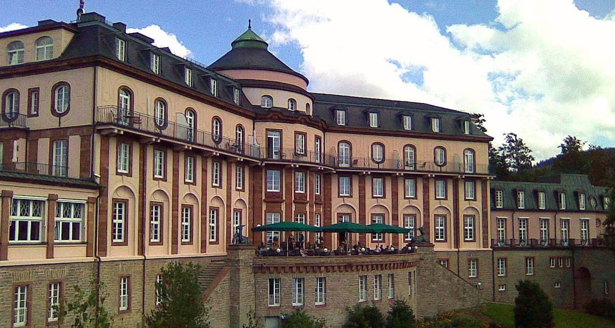 Bühlerhöhe: ein Schlosshotel im Dornröschenschlaf
